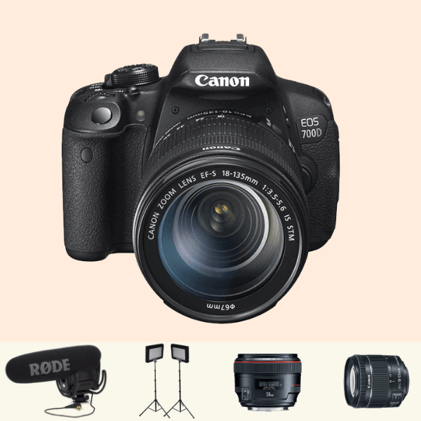 Canon 700D Essential Kit